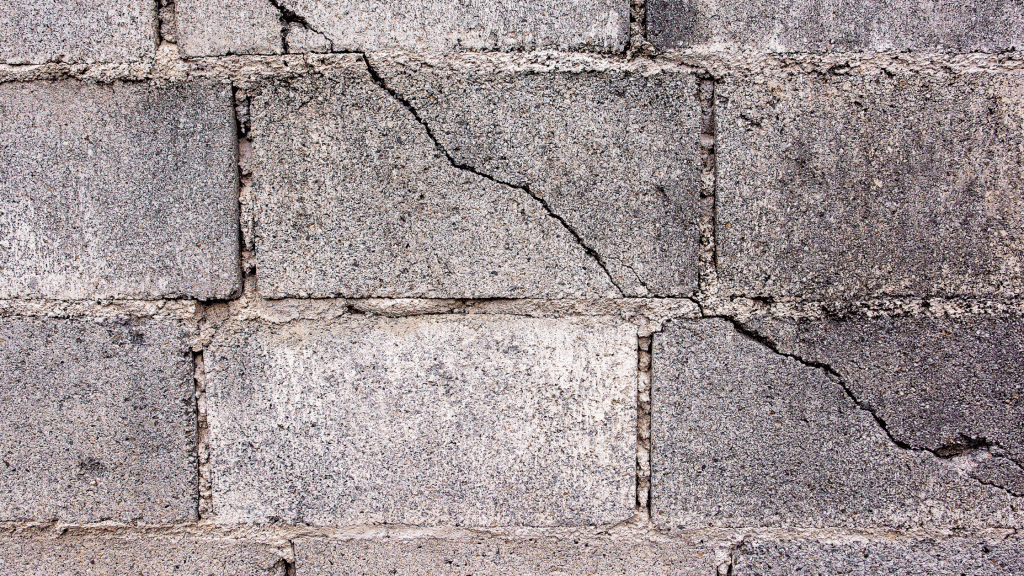 Step-Shaped Wall Crack