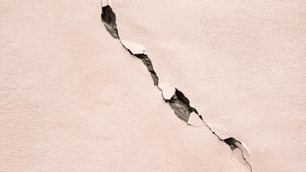 crack in the facade