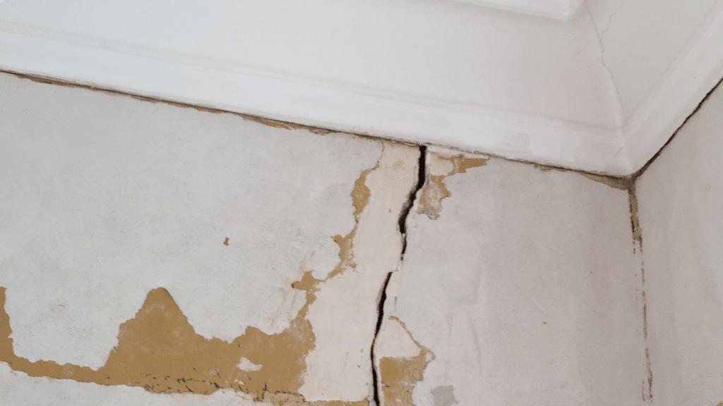 damaged foundation